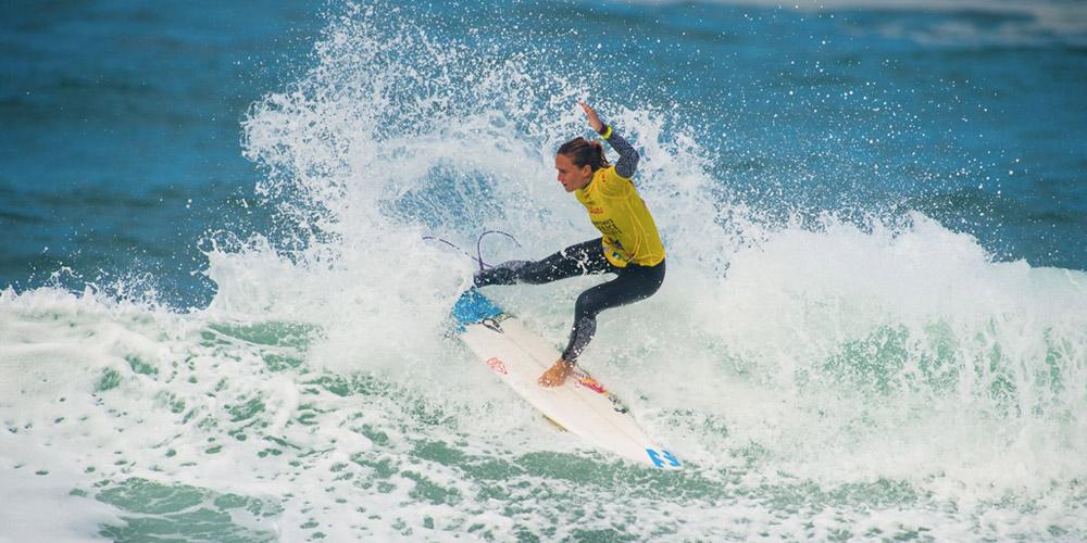 Justine Dupont championne de France de surf Open 2015