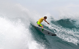 Adam Melling remporte la Van's World Cup Of Surfing 2012