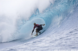 Kelly Slater dans le barrel !