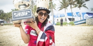 Kelia Moniz - Swatch Girls Pro China 2013 - Wanning, Hainan