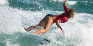 Alessa Quizon - Surfest Newcastle Australia 2014, Merewether