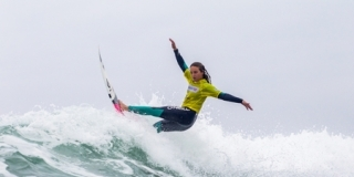 Alizee Arnaud - Swatch Girls Pro France 2013 - Le Penon, Seignosse
