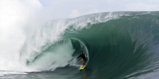 Benjamin Sanchis - Session Teahupoo 2011