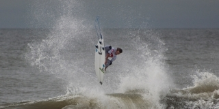 Brett Simpson - Quiksilver Pro New York 2011