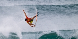 Gabriel Medina - Reef Hawaiian Pro 2012 - Haleiwa, North Shore, Hawaii