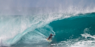 Jamie O'Brien - Billabong Pipe Masters 2011