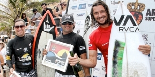 Jonathan Webster - Supersurf ASP World Masters Championships 2011