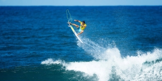 Julian Wilson - Reef Hawaiian Pro 2014 - Haleiwa, Hawaii
