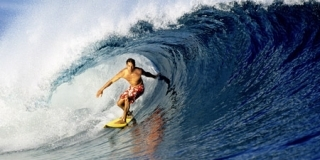 Kelly Slater, Fidjii, 1996 - © Tom Servais