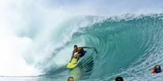 Kelly Slater, G-Land, 1990 - © Jeff Divine