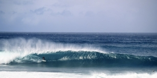 Kelly Slater, Pipe Master 2001 - © Tom Servais