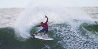 Kelly Slater - Snapper Rocks - Quiksilver Pro Gold Coast 2013