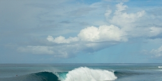 Line-up - Lance right - Rip Curl Mentawaii Pro 2013