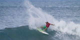 Michel Bourez - Reef Hawaiian Pro 2011
