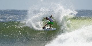 Michel Bourez - Snapper Rocks - Quiksilver Pro Gold Coast 2013