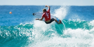 Mick Fanning - Quik Pro Gold Coast 2015 - Snappers Rocks