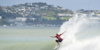 Stephanie Gilmore - New Zealand Surf Festival 2012