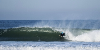 Stephanie Gilmore retrouve le chemin du tube - Roxy Pro France 2015