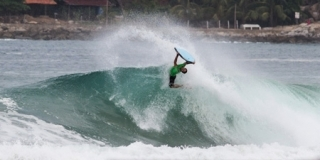 Tamega - Puerto Escondido, Playa Zicatela, Mexique