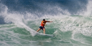 Willima Cardoso - Reef Hawaiian Pro 2012 - Haleiwa, North Shore, Hawaii