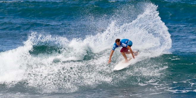 Dane Reynolds - Reef Hawaiian Pro 2013 - Haleiwa, Hawaii