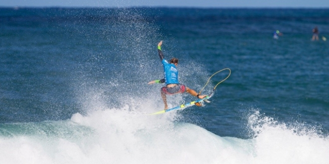 Josh Kerr - Reef Hawaiian Pro 2013 - Haleiwa, Hawaii'