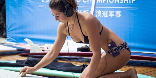 Karina Rozunko - Swatch Girls Pro China 2013 - Wanning, Hainan