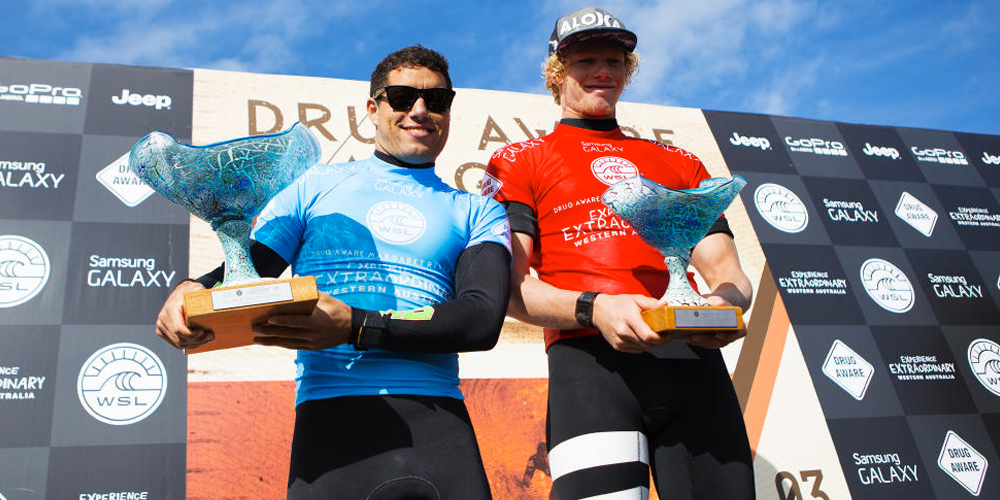 Adriano et John John sur le podium du Drug Aware Margaret River Pro 2015