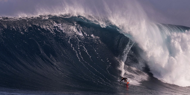 Billy Kemper - Jaws, Peahi - Maui, Hawaii '