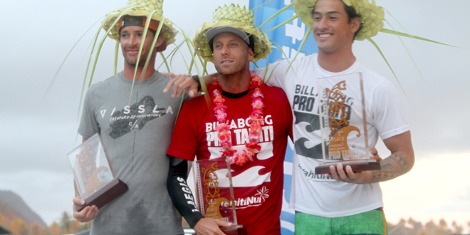 Hedge, Puhetini et Riou - Air Tahiti Nui Billabong Pro Trials 2014 - Teahupoo