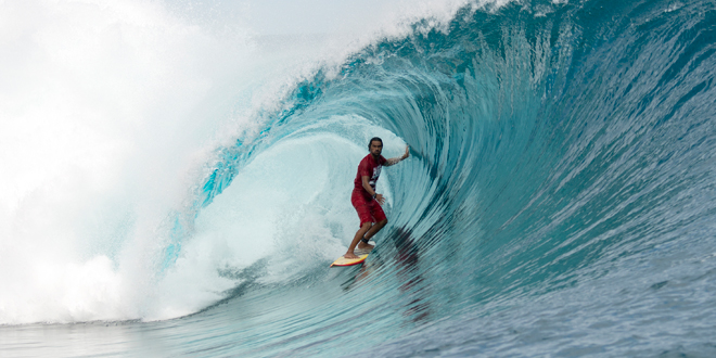 Hira - Air Tahiti Nui Billabong Pro Trials 2014 - Teahupoo'