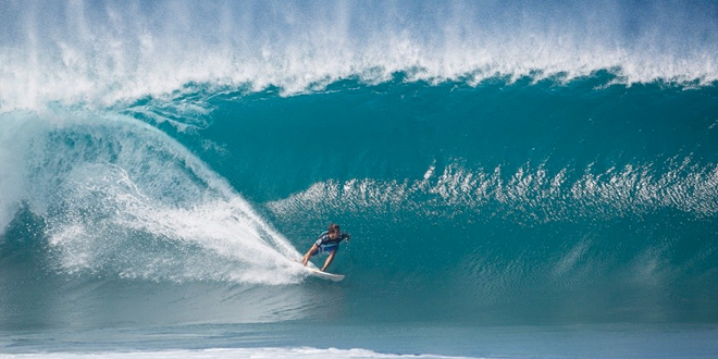 Julian Wilson - Billabong Pipe Masters 2013 - North Shore, Hawaii