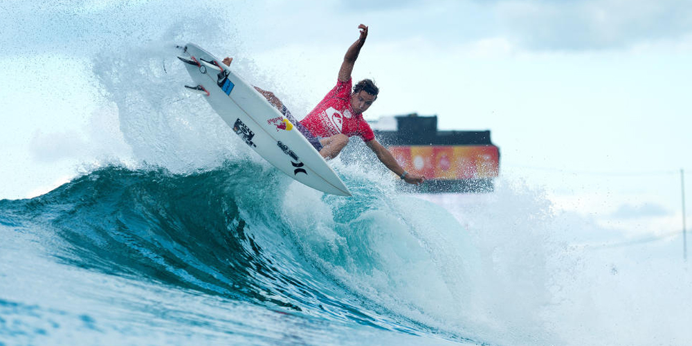 Julian Wilson - Quiksilver Pro Gold Coast 2015 - Snapper Rocks'