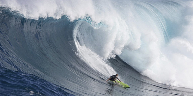 Mark Healey - Jaws, Peahi - Maui, Hawaii '