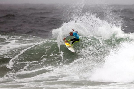 Mick Fanning - Billabong Pro Jeffreys Bay 2011