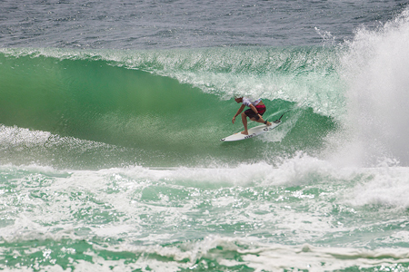 Mick Fanning - Kirra Point - Quiksilver Pro Gold Coast