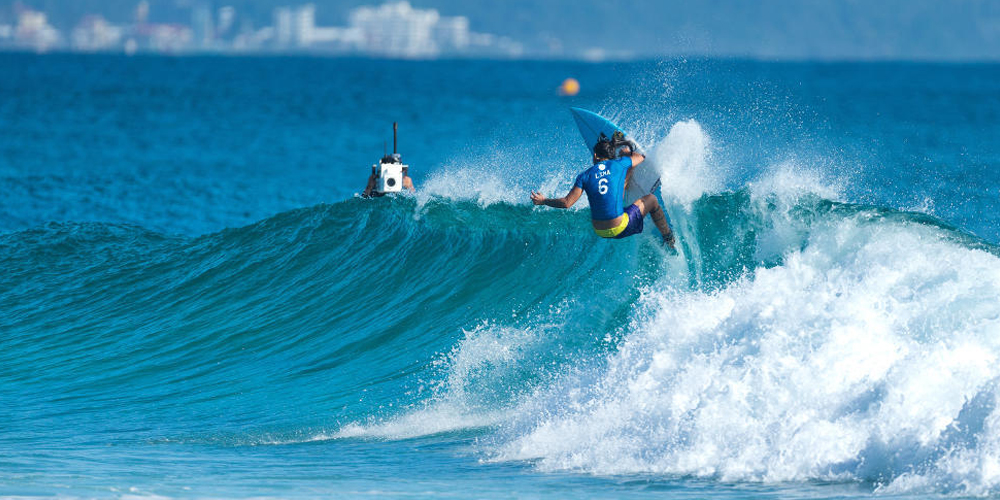 Silvana Lima - Roxy Pro Gold Coast 2015 - Snapper Rocks