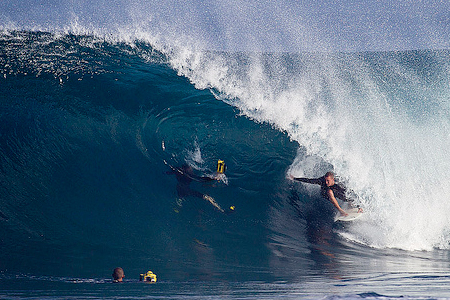 Pipeline, Hawaii, John Mincher'