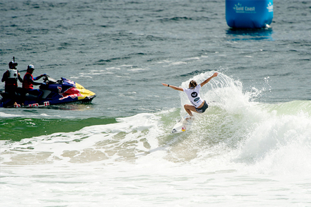 Sally Fitzgibbons - Kirra Point - Roxy Pro Gold Coast 2013'