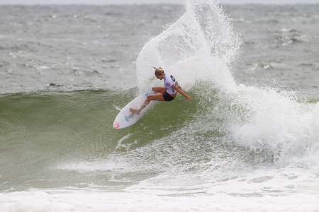 Stephanie Gilmore - Snapper Rocks - Roxy Pro Gold Coast 2013'