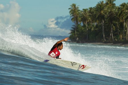 Tonjo - Lance right - Rip Curl Mentawaii Pro 2013