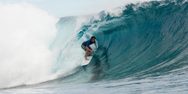 Tuamata Puhetini - Air Tahiti Nui Billabong Pro Trials 2014 - Teahupoo'